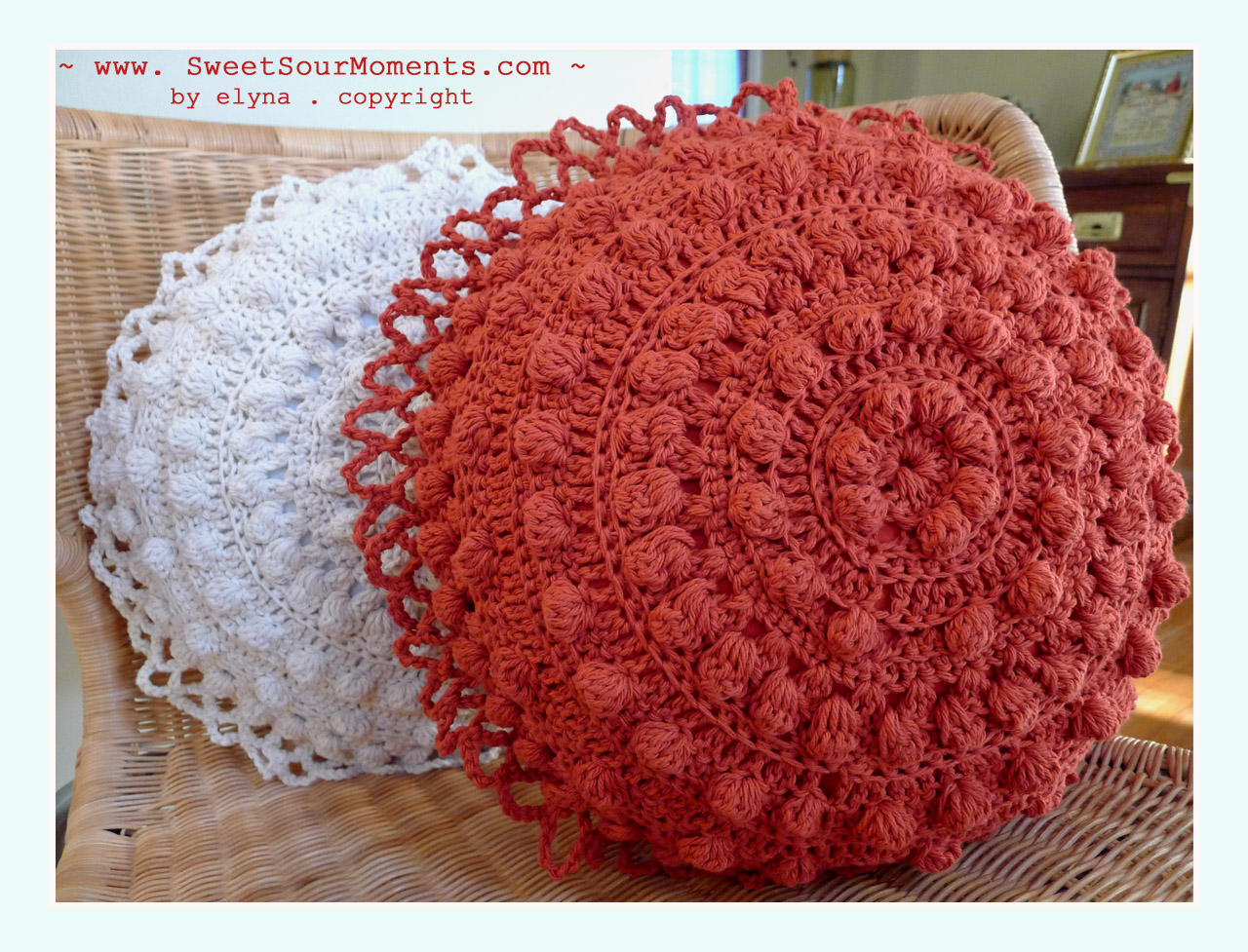 Crocheting Rounds : Each pillow needs 2 round pcs, 1 with ruffle and the other without ...