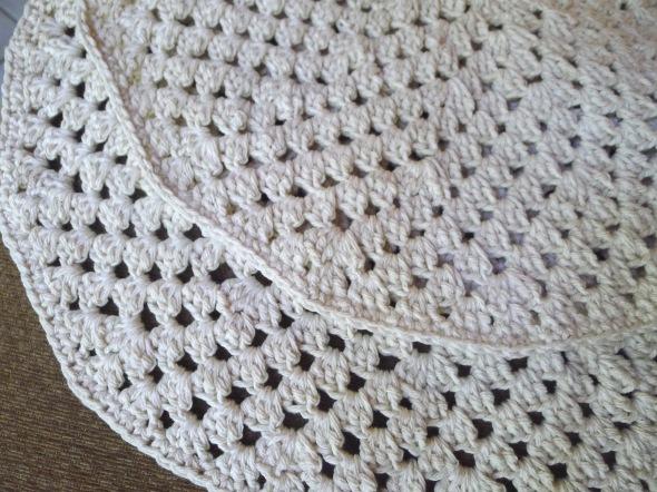 crochet placemat 3