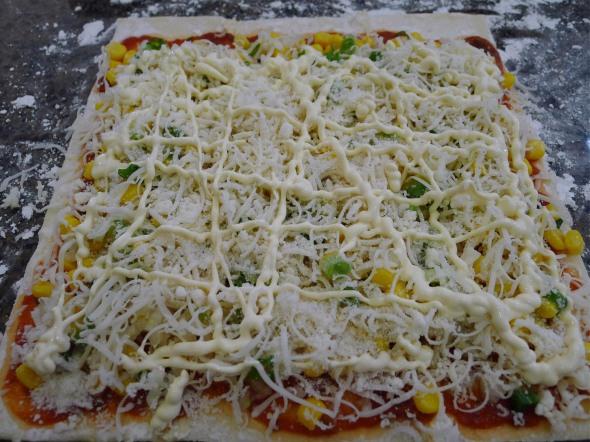 Puff pizza 3