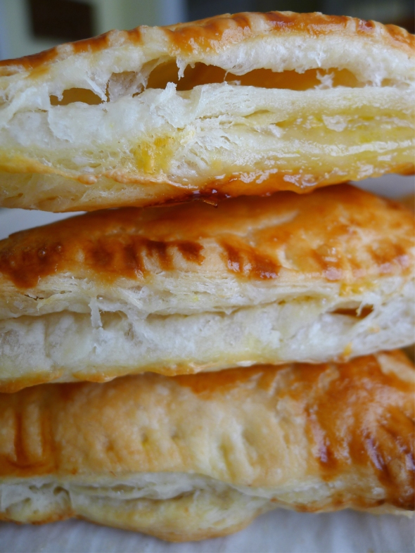 banana puff pastry 1