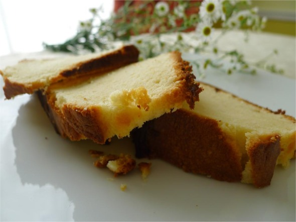 cream cheese pound cake 1
