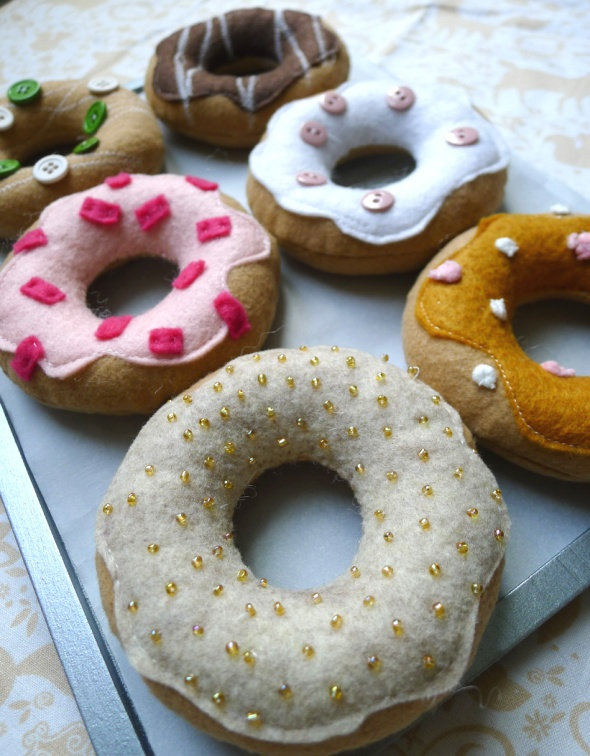 felt donut 3