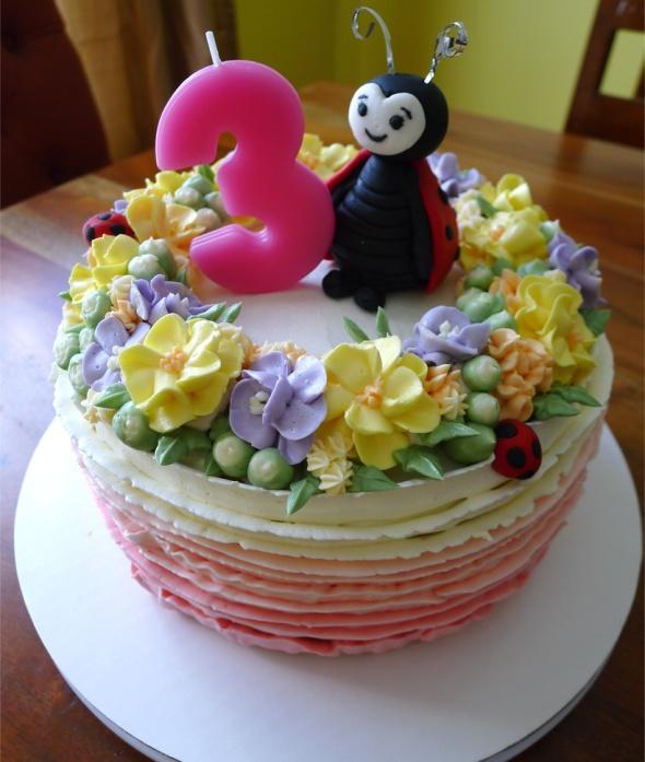 ladybug cake 5